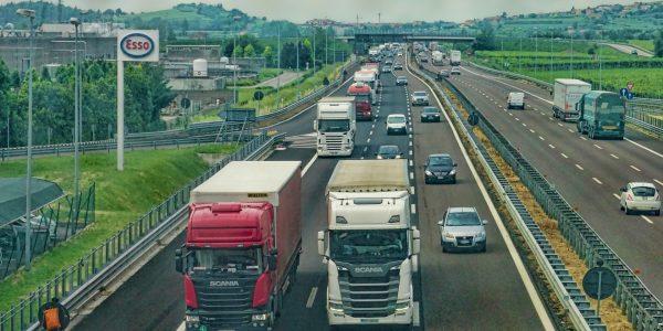 Assicurazione Merci Trasportate: guida per i commercianti e le imprese
