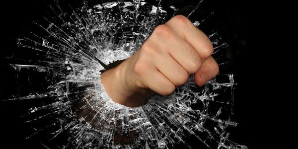 Polizza RCT: l'assicurazione che ti copre in caso di danni a terzi [Guida]